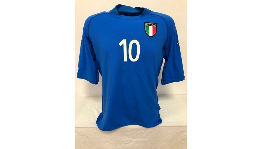 Totti's Official Italy Signed Shirt, 2002