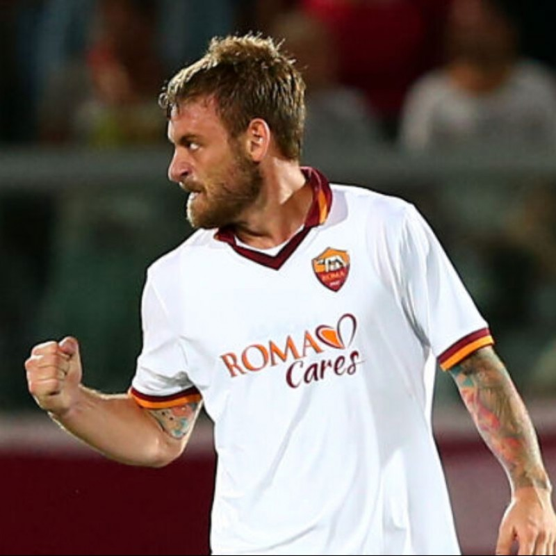 De Rossi's Roma Signed Match Shirt, 2013/14