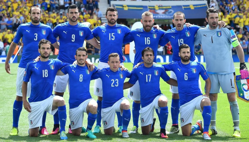 Authentic Italy Shirt, 2016 - Signed by the Players