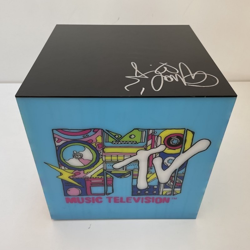 Ghali Signed MTV Box