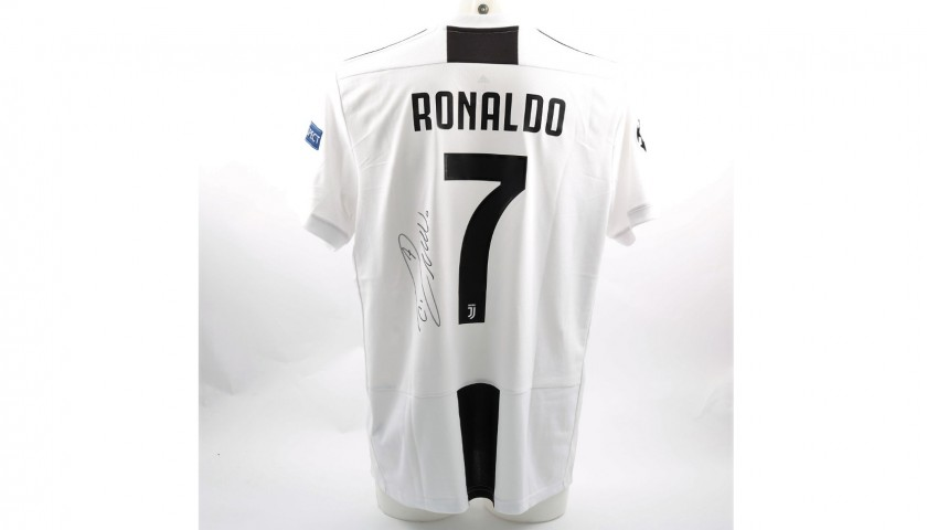 various colors c9de7 03077 Ronaldo's Official Juventus 2018/19 Signed Shirt - CharityStars