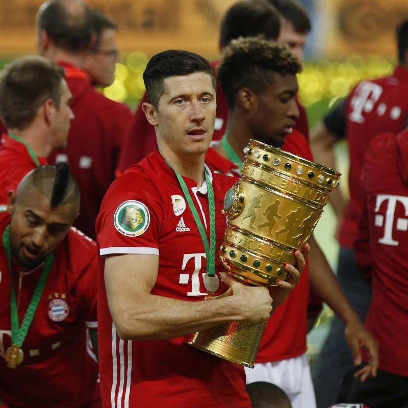 Lewandowski's Match-Issued/Worn Shirt, 2016 DFB Pokal Final