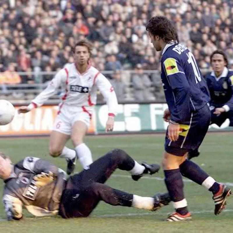 Del Piero's Official Juventus Signed Shirt, 2000/01