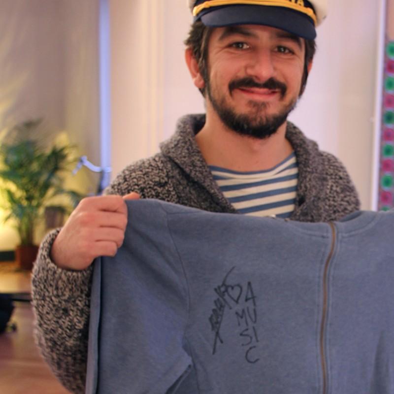 Francesco Mandelli signed sweatshirt - SUN68 & Love for Music