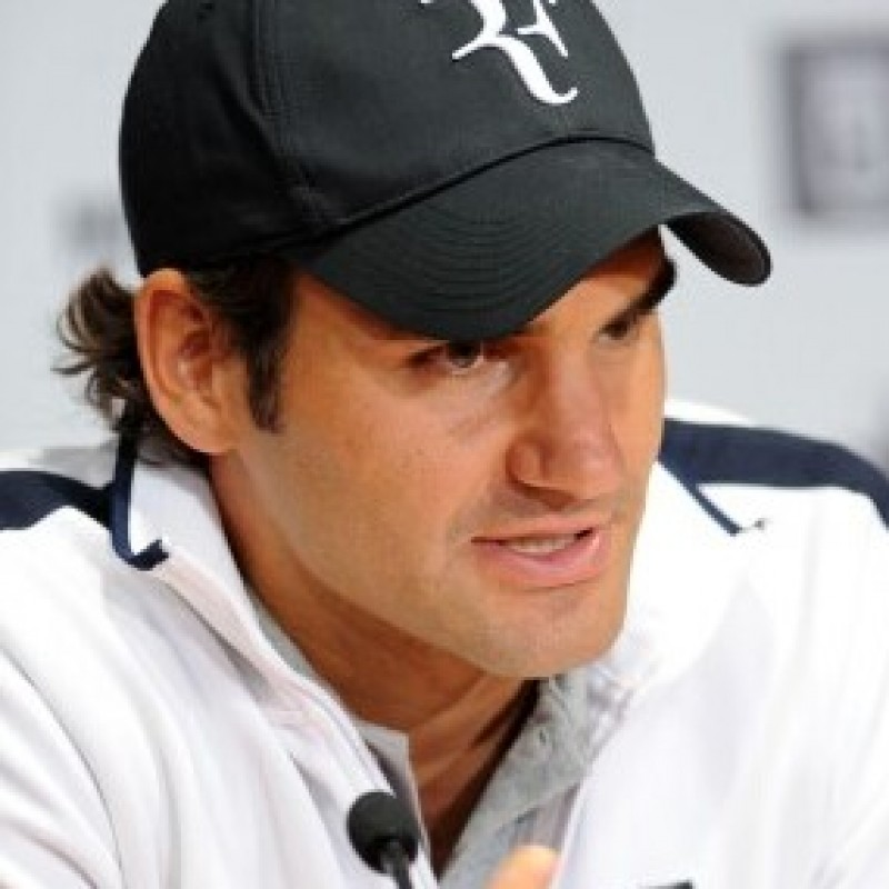 """RF"" Tennis cap, signed by Roger Federer #2"
