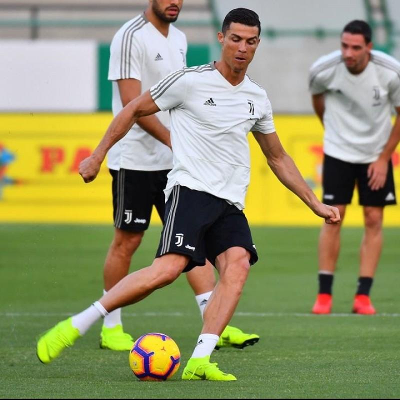 Pallone Match Ball Serie A 2018/19 - Autografato da Ronaldo