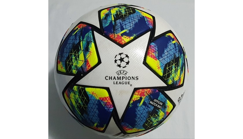 Match-Ball Liverpool-Napoli 2019 - Signed by Salah