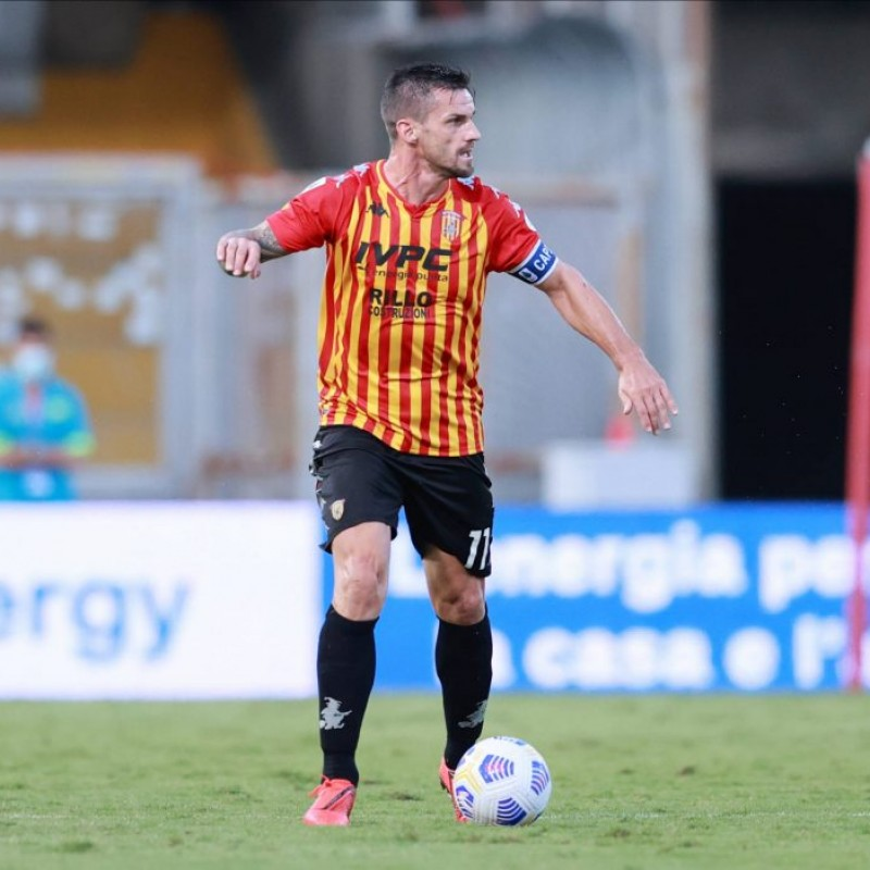 Maggio's Benevento Match Shirt, 2020/21 - Signed by the Players