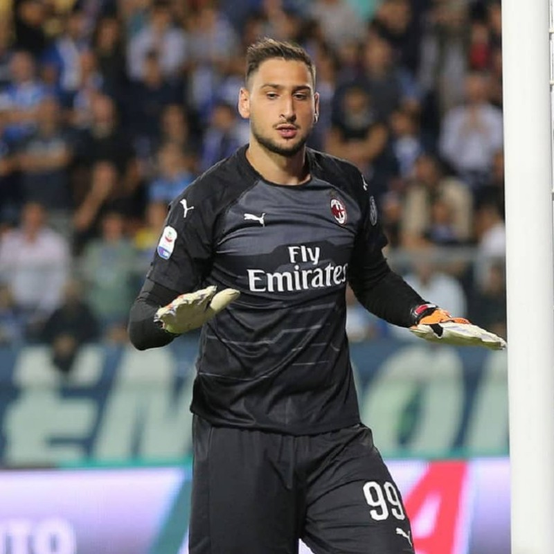 Donnarumma's Milan Signed Match Shirt, 2018/2019