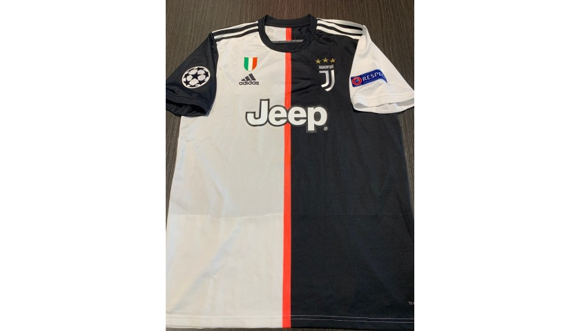 ronaldo s official juventus shirt 2019 20 signed by the players charitystars ronaldo s official juventus shirt 2019 20 signed by the players charitystars