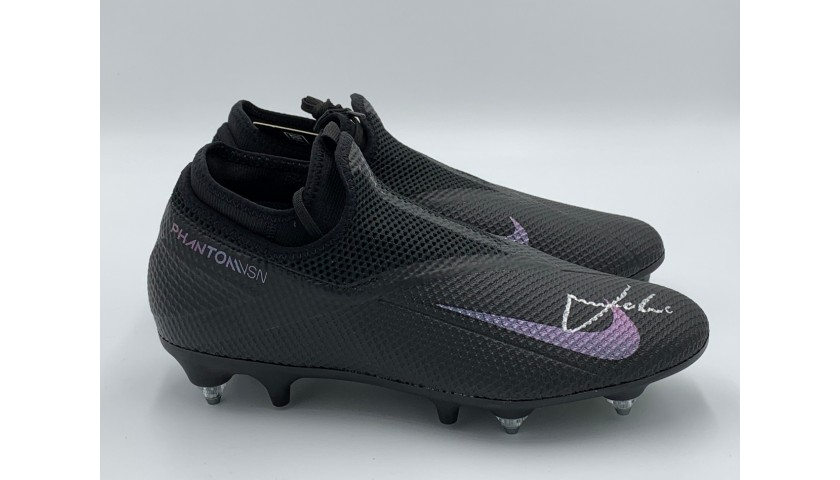 Nike Phantom Boots - Signed by Luka Modrić