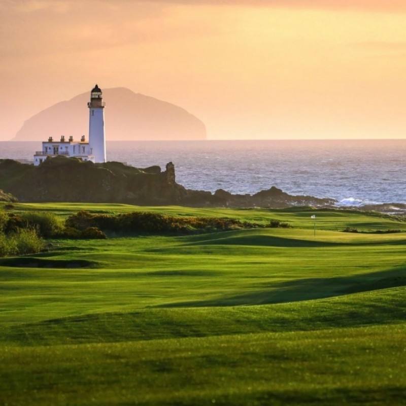 Golf Overnight for 4 People at Turnberry