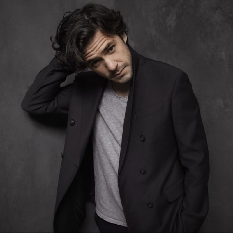 Personalised Video Performance by Jack Savoretti