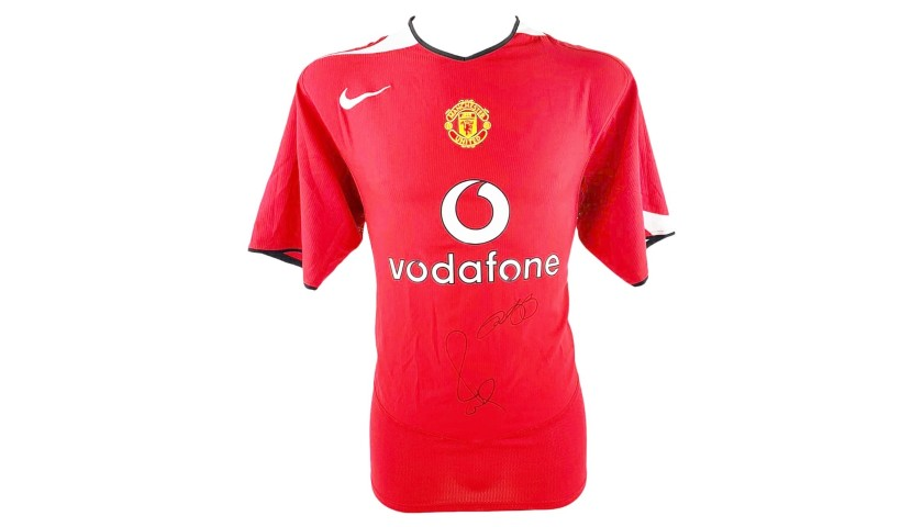 Official Man Utd Shirt, 2004/05 - Signed by Scholes & Giggs