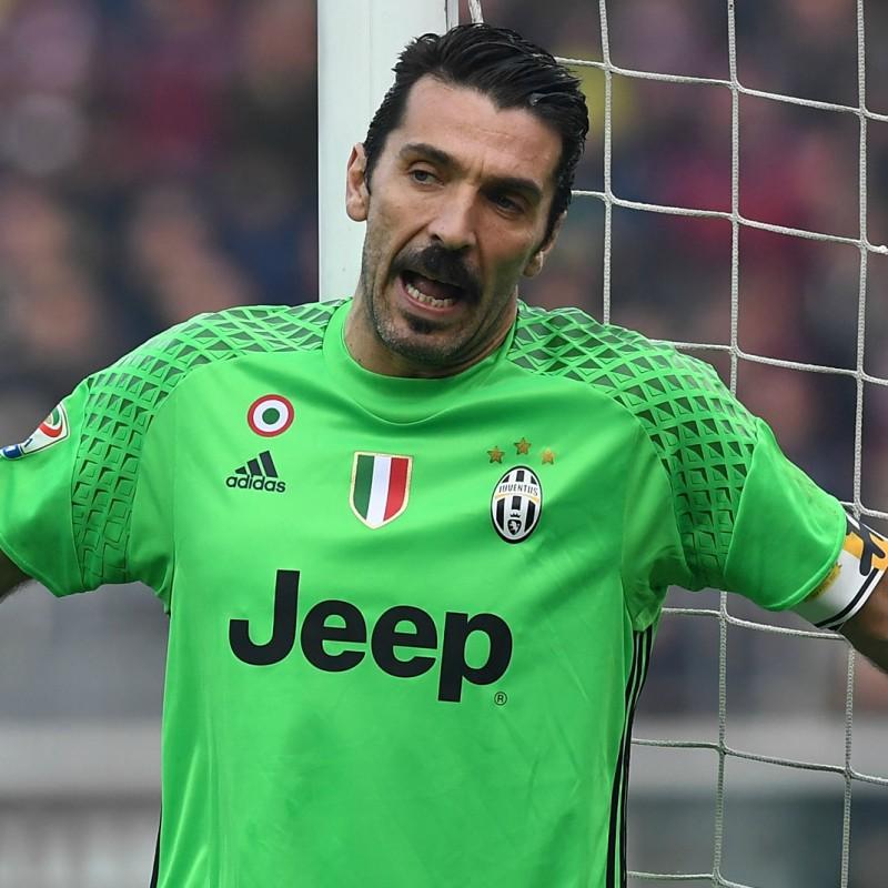Buffon's Match-Issued Captain Armband, Crotone-Juventus 2016/17