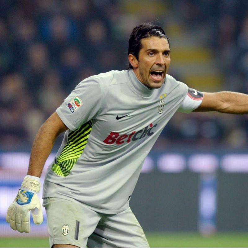 Buffon's Juventus Match Shirt, 2011/12