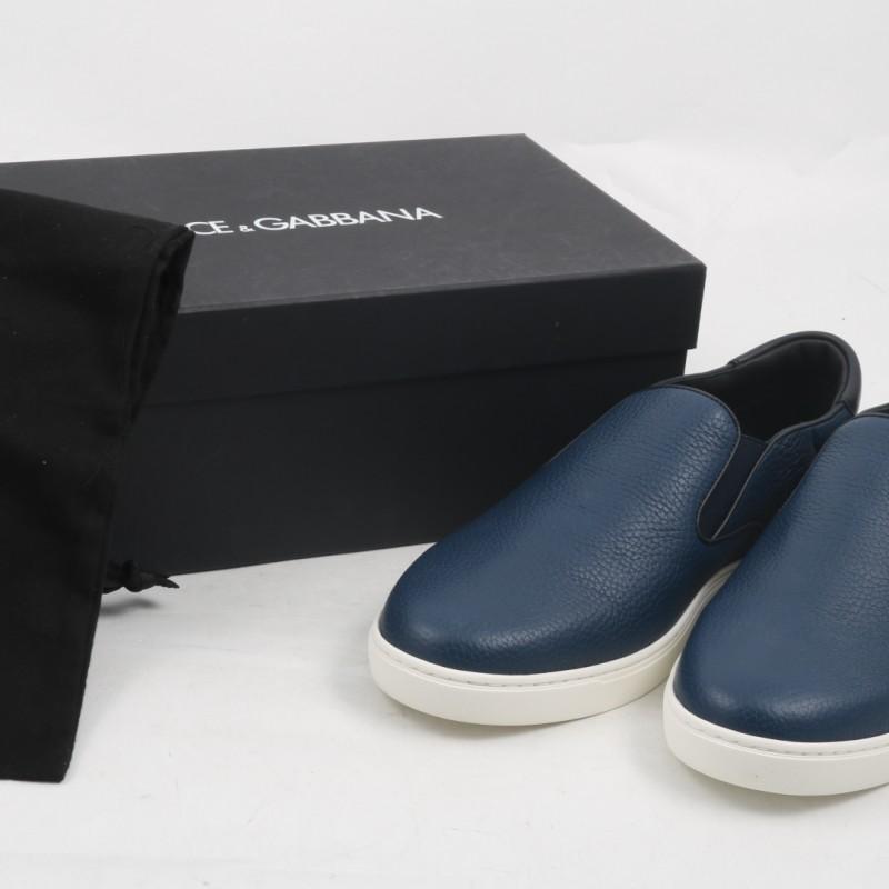 Tiziano Ferro's Blue Slip-On Sneakers