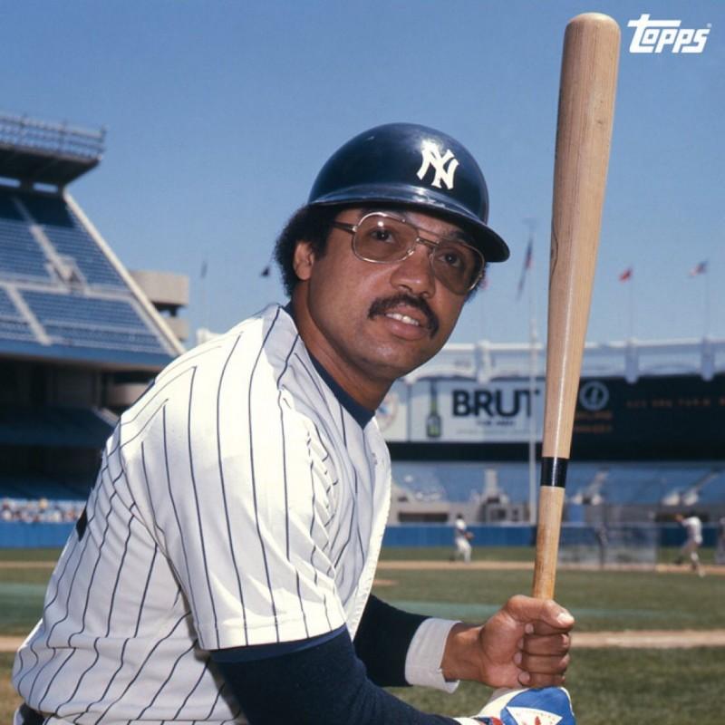"Reggie Jackson Signed ""563 Homeruns"" Baseball"