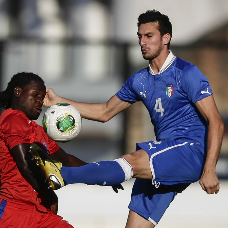 Astori's Issued Italy Shirt, 2014 FIFA World Cup Qualifiers