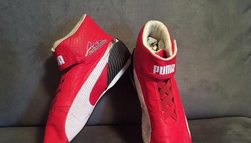 ab6262af556ff Fernando Alonso Scuderia Ferrari 2013 worn Puma Race Boots ...
