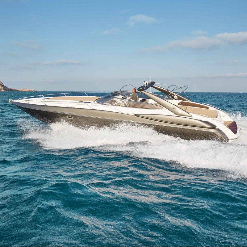 48ft Sunseeker & three-course meal at Rick Steins for 8 people