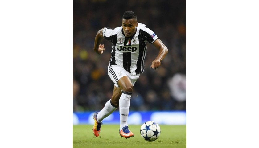 Alex Sandro's Juventus Match Shirt, UCL 2016/17