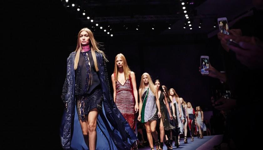 Attend Versace Fashion Show F/W 17-18 | 2 Seats