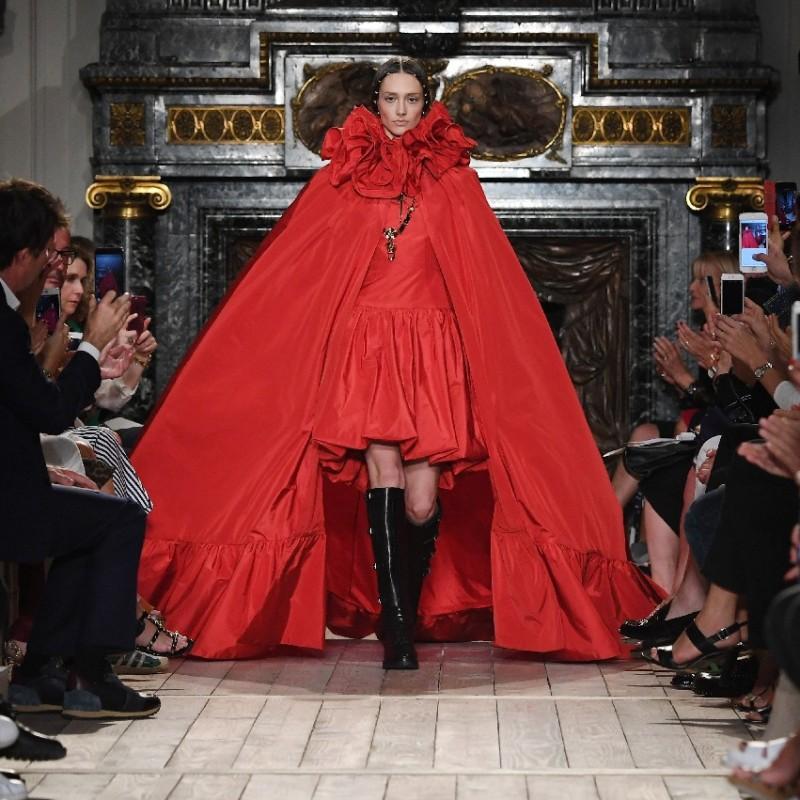 Assisti alla Sfilata di Valentino - Haute Couture Parigi 2020