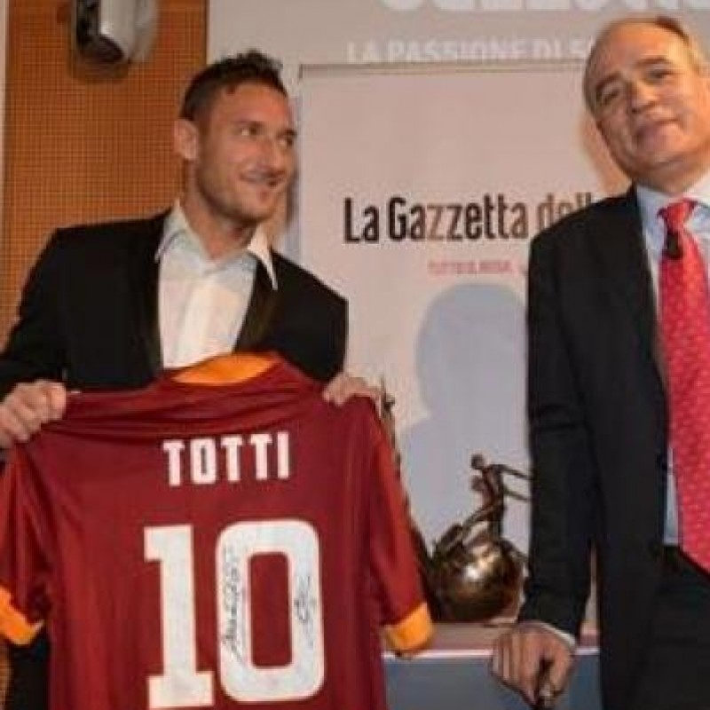 Roma fanshop shirt 2014/2015 - signed by Totti