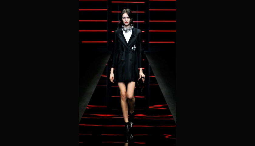 Attend the Emporio Armani S/S 20 Fashion Show with the 'IO Donna' Editorial Team