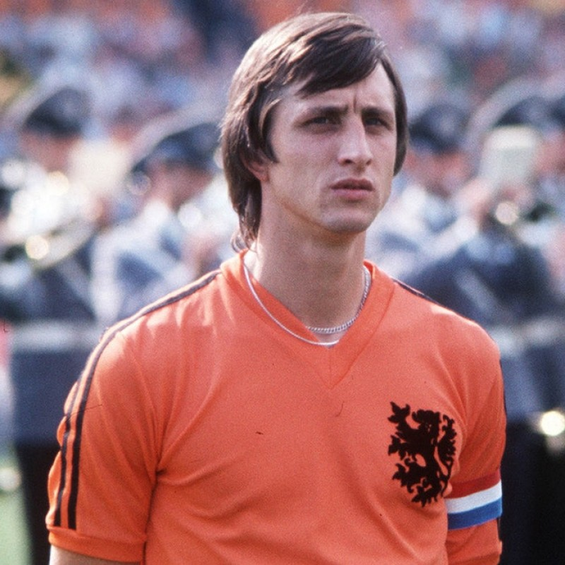 Holland Retro Shirt, 1974 - Signed by Johan Cruyff