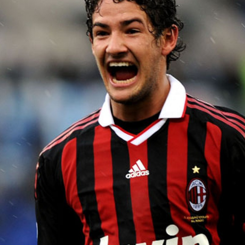 Pato Milan shirt, Serie A 2009/2010, signed