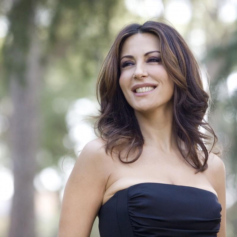 Borsa e dedica personale di Sabrina Ferilli