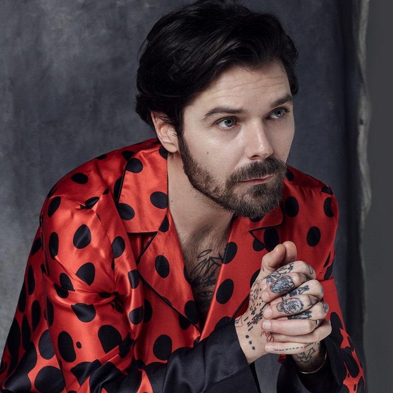 Win a Personalized Video Performance by Simon Neil