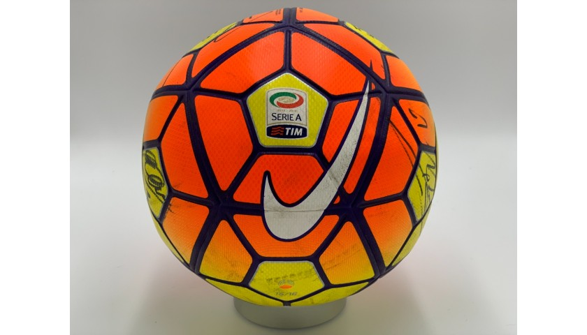 Match-Ball Serie A 2015/16 -Signed by Juventus