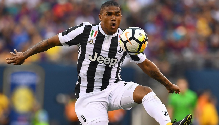Watch Juventus' Season Debut from Front Row Seats with Hotel Room Included