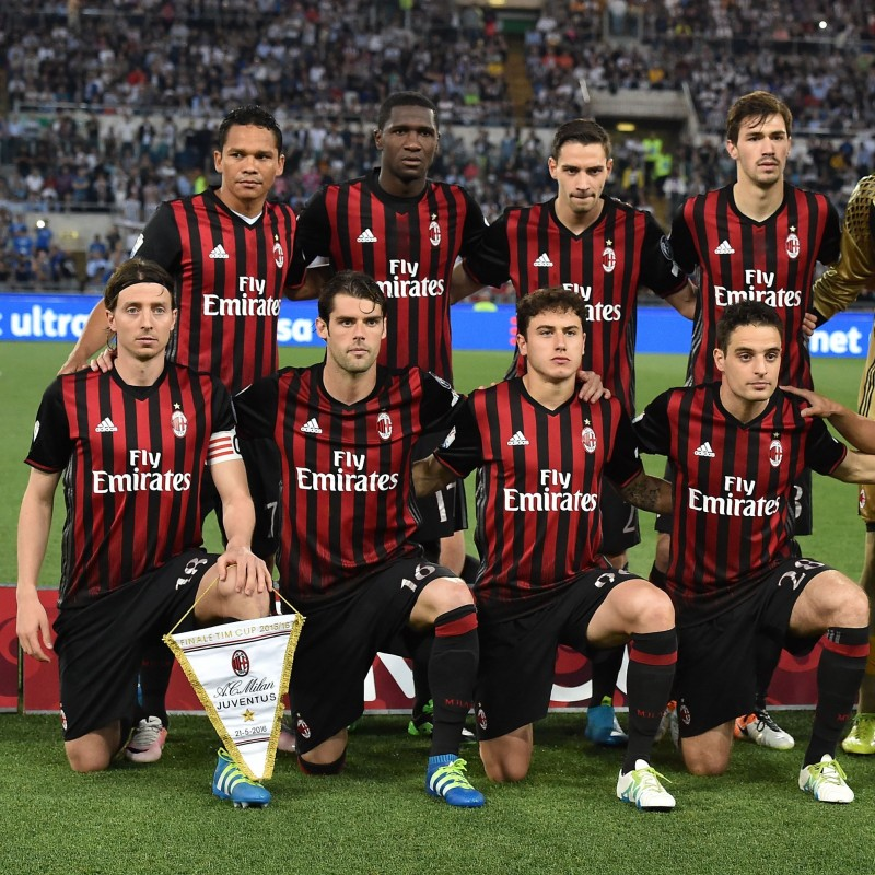 Become an AC Milan Player at the San Siro CharityDerby #2