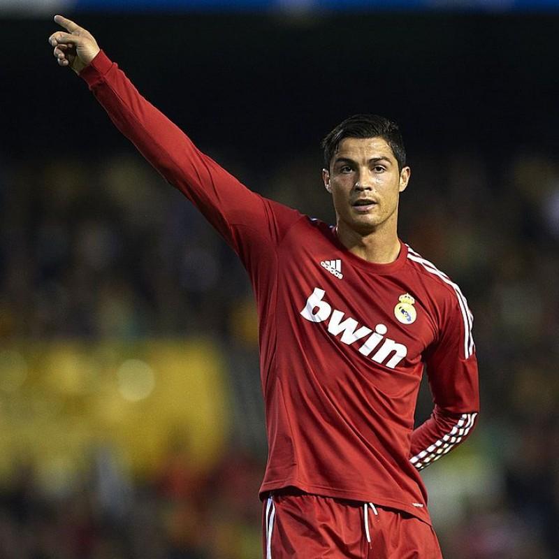 Maglia Ronaldo preparata Valencia-Real Madrid 2011