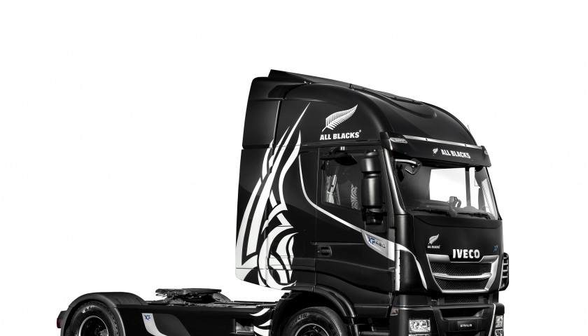 Unique New Stralis XP All Blacks, TCO2Champion, signed by the team: support Unicef and meet the All Blacks