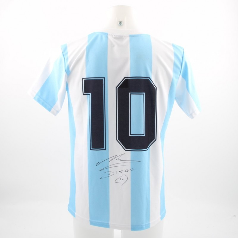 Official Maradona Argentina shirt, 1986 Mundial - signed