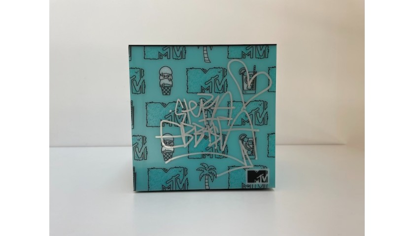Sfera Ebbasta Signed MTV Box