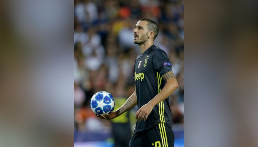 Official UCL 2018/19 Football - Signed by Bonucci