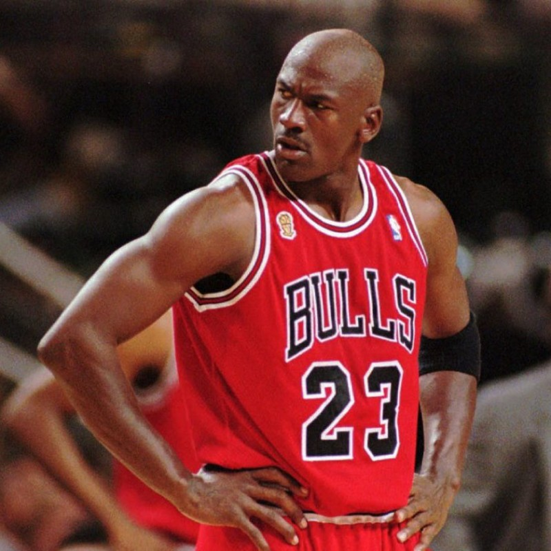 Chicago Bulls Sweatshirt - Signed by Michael Jordan