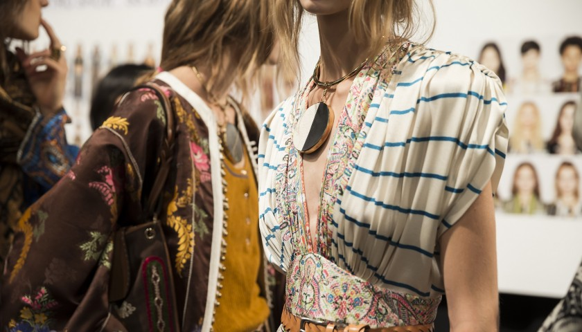 Attend the Etro Fashion Show A/W 17-18 in Milan | 2 pass backstage