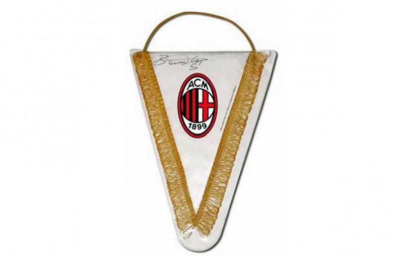 AC Milan Pennant Signed by Bonaventura