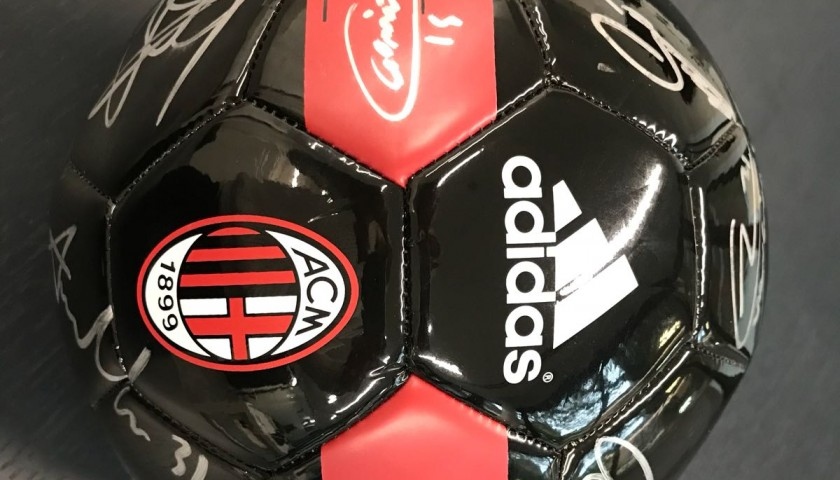 Official Milan 2016/17 Ball, Signed by the Team