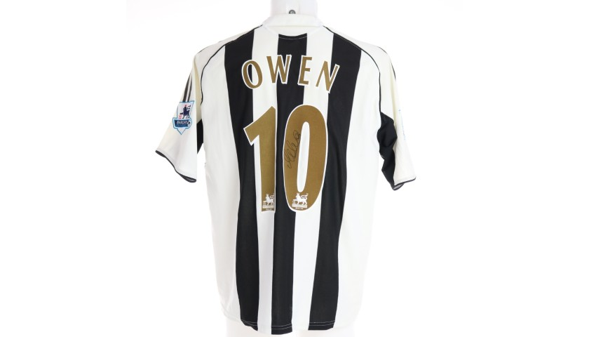 Owen's Official Newcastle Signed Shirt, 2005/06