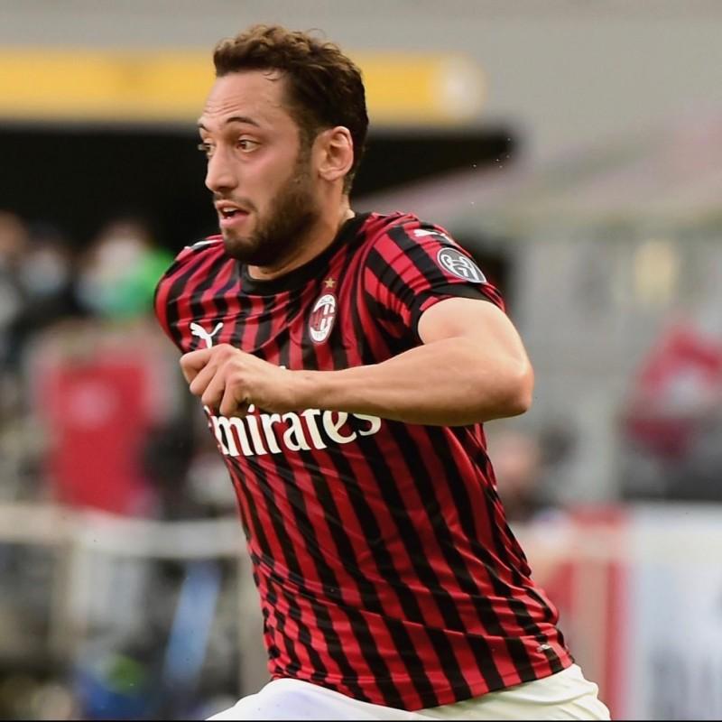 Calhanoglu's Milan Signed Match Shirt, 2019/20