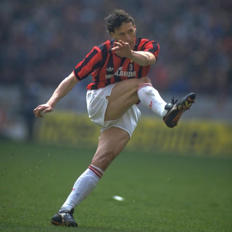 Van Basten's AC Milan Match Shirt, 1991/92 Season