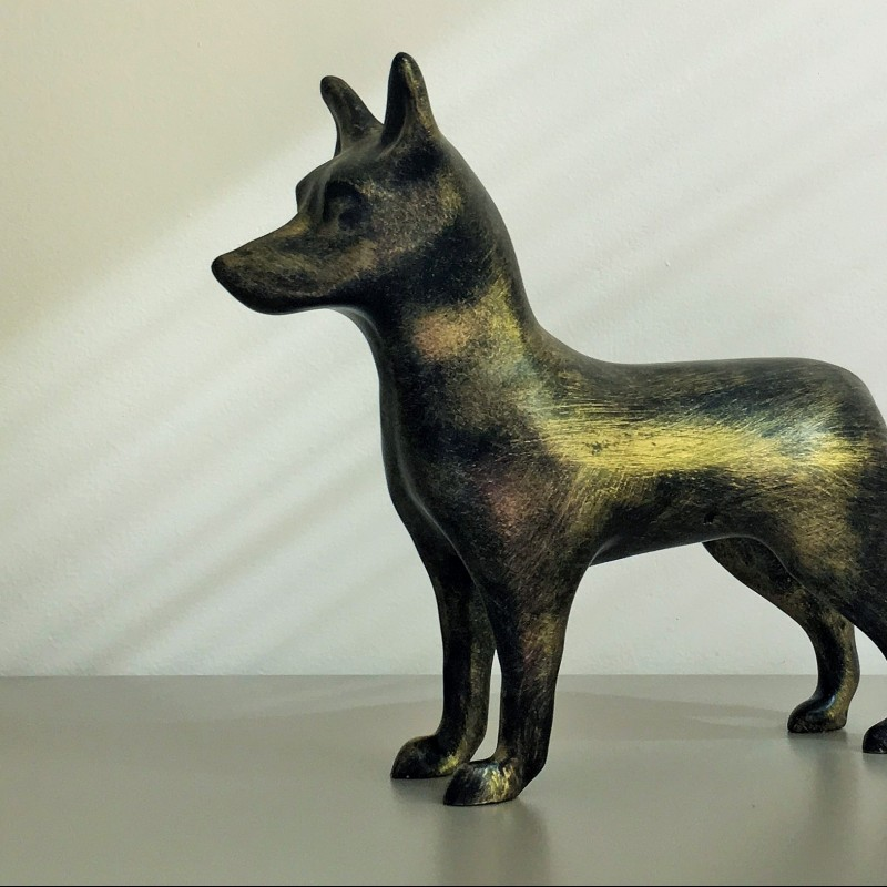 """NinaForTheDogs"" - marble dust sculpture by A. Resina - 31x30x0.9 cm"
